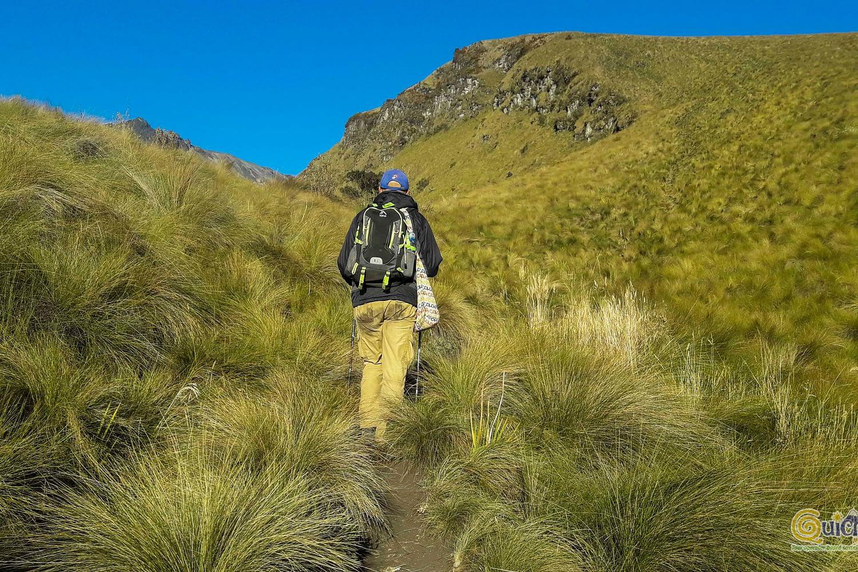 CLIMBING IMBABURA VOLCANO ECUADOR