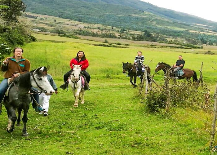Horseback Riding Tour and visit to Alpacas Project cotacachi (1) (1) (1) (1) (1)