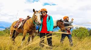 Horseback Riding at Calera Community in Ecuador caballos cuicocha (1)