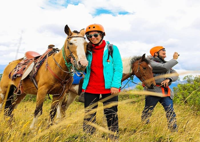 Horseback Riding at Calera Community in Ecuador caballos cuicocha (1)